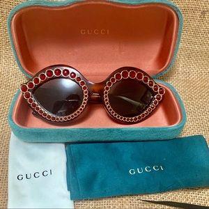 Gucci sunglasses 💯 authentic